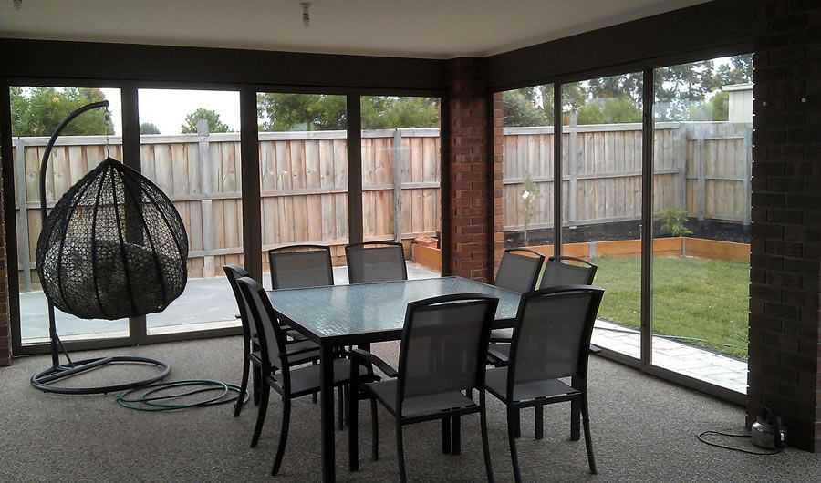 Alfresco dinning summer or winter with Opti screens  Taylors Hill Melbourne Vic